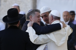pope hug
